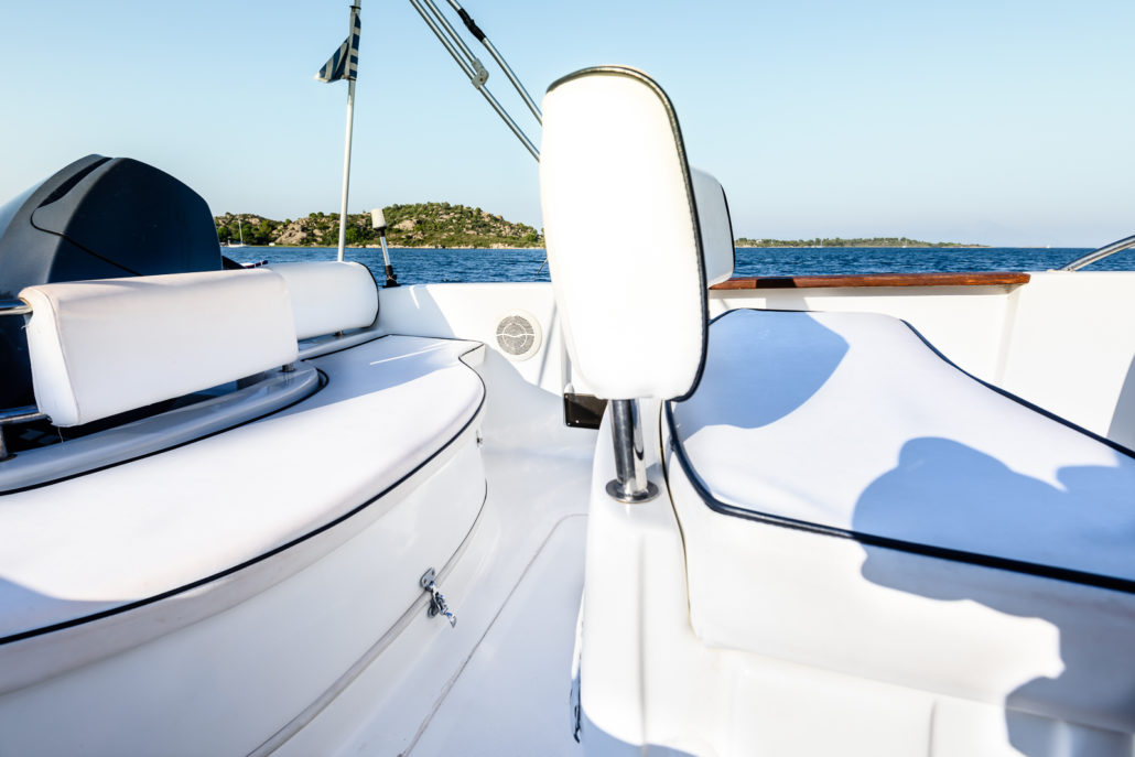 Selva 5.60 boat with 100hp engine