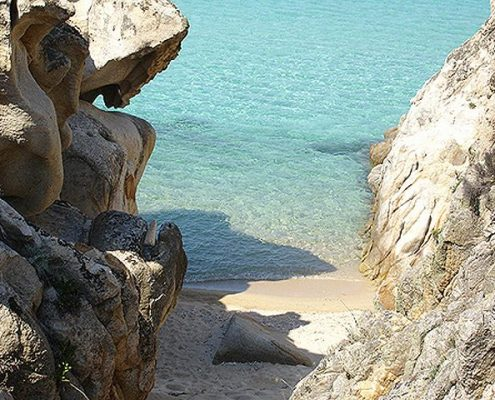 Kavourotrypes beach - Destinations Chalkidiki