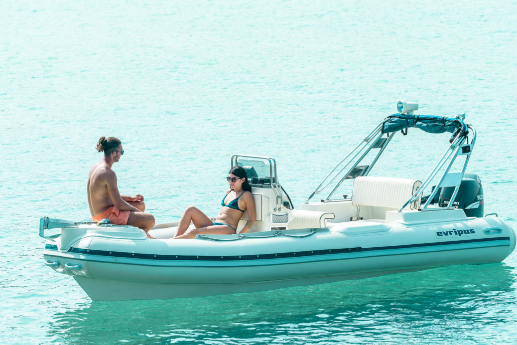 Evripus 5.60 - Rent a rib in Greece (15)