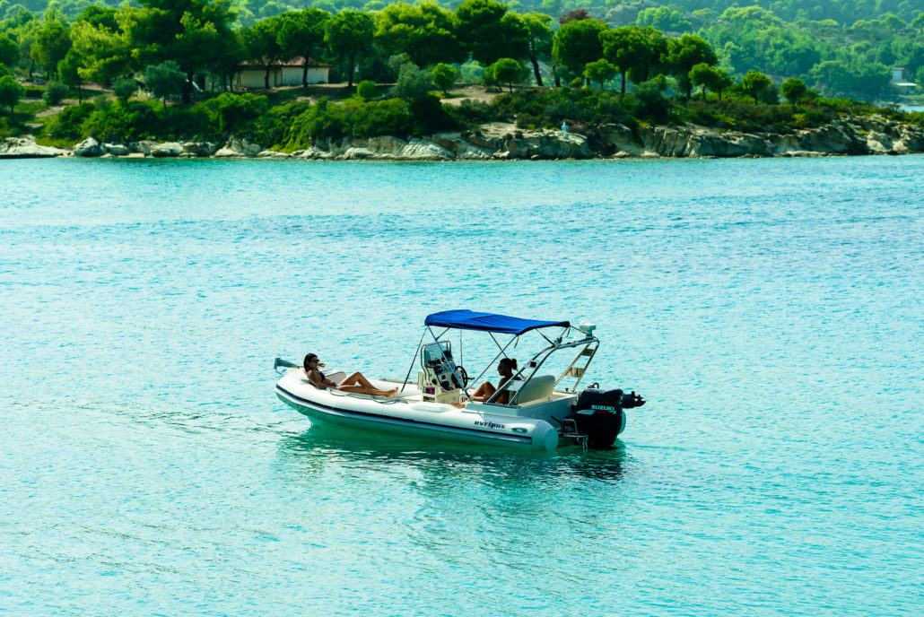 Evripus 5.60 - Rent a rib in Greece (20)