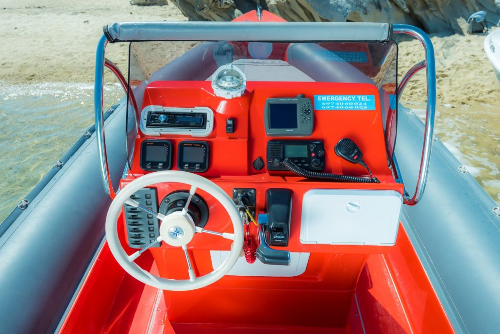 Safety boat tips equipment
