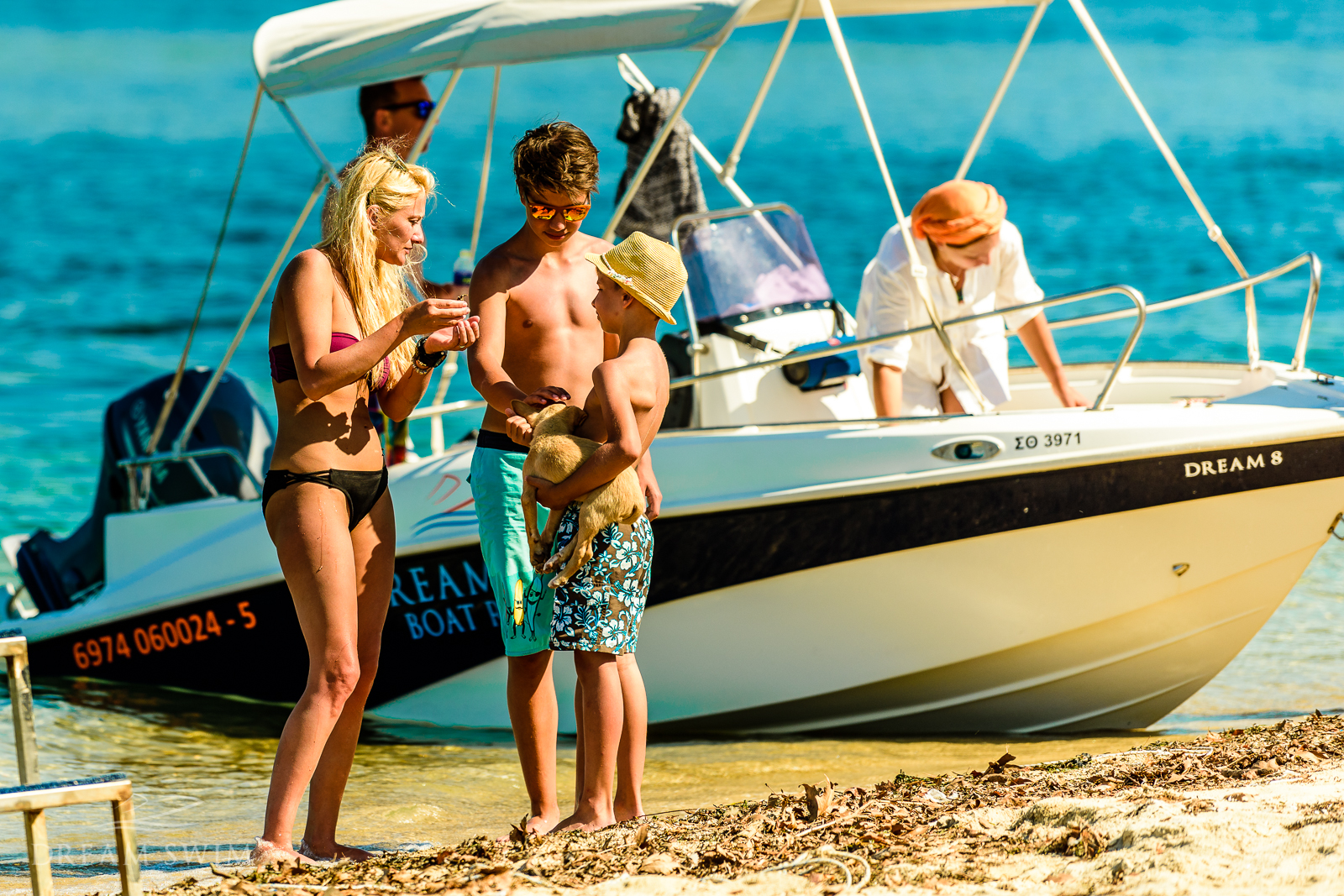 Dream Swim Boat Rental - Dream 8